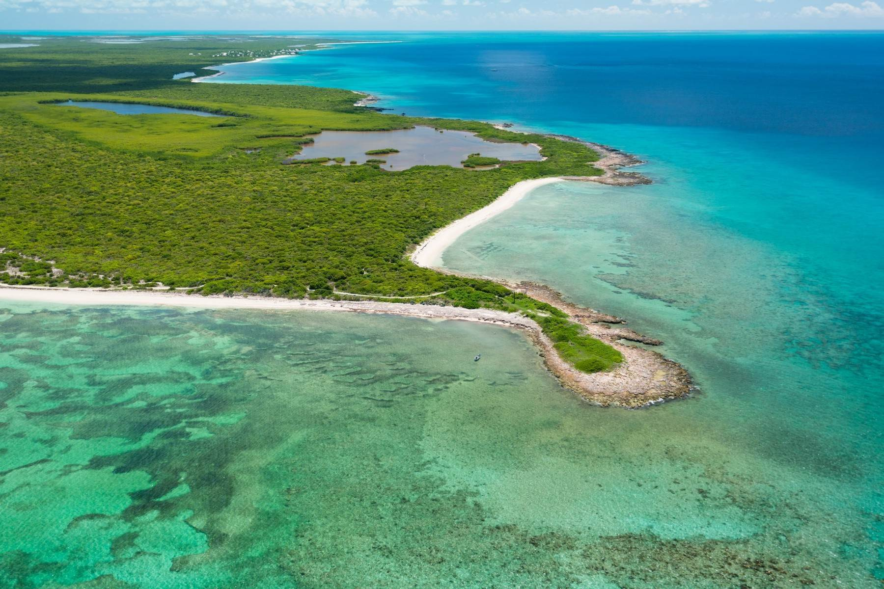 5. Land for Sale at Vacant Land ~ North West Point Oceanfront North West Point, Providenciales TKCA 1ZZ Turks And Caicos Islands